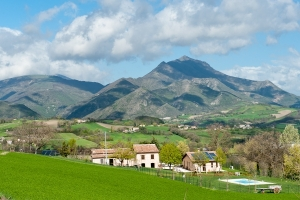 Farm holiday in Marche | Farm holiday Ancona | Farm holiday Sassoferrato