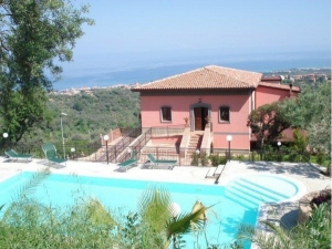 Farm holiday in Sicily | Farm holiday Messina | Farm holiday Sant'Agata di Militello